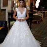 Atriz Paloma Bernardi com vestido Unique Maison