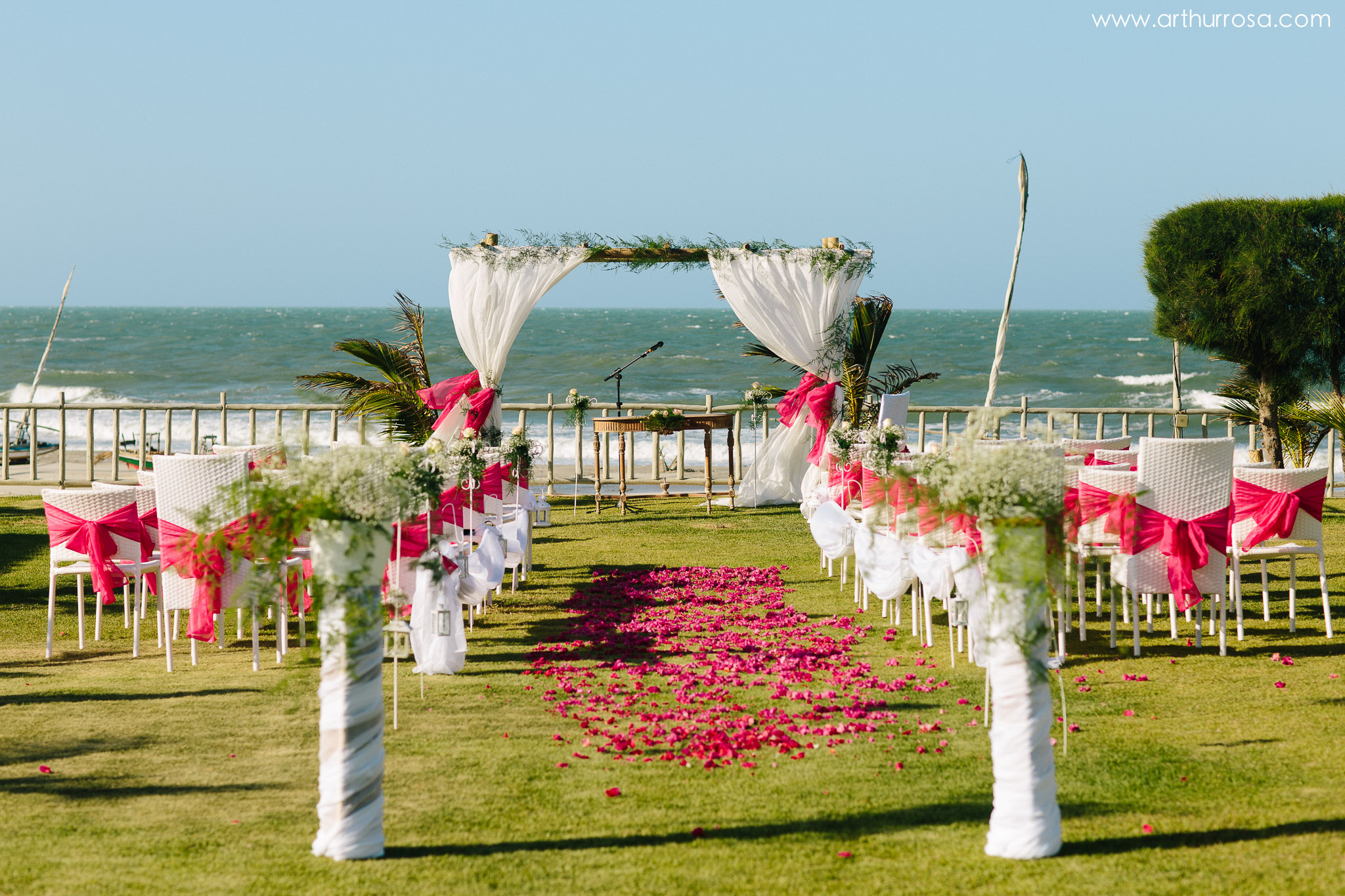 https://arthurrosa.com/destination-wedding-annika-raphael-vila-selvagem-fortim/